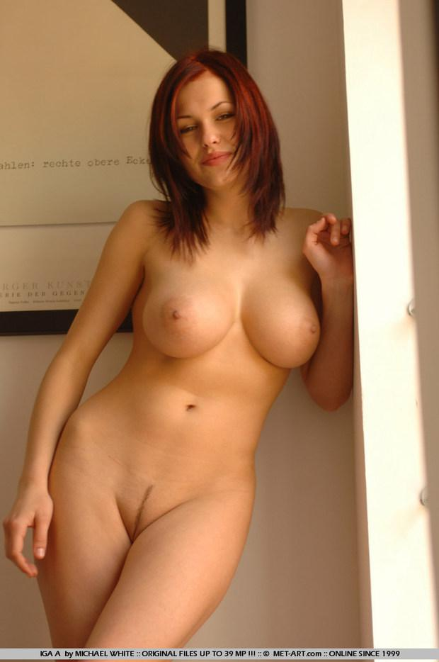 Most beautiful nude busty women