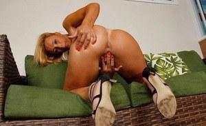 Big butt showing her boobs