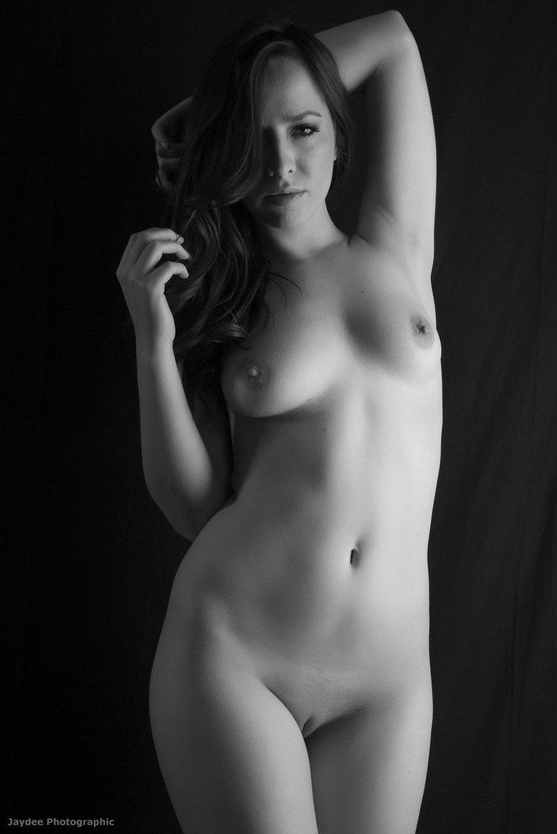 Nude women frontal pussy