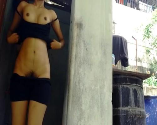 Desi girls flashing pics