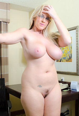 Moms big tits naked