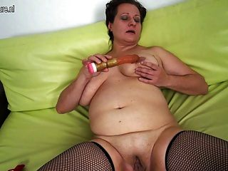 Mature big saggy tits mom