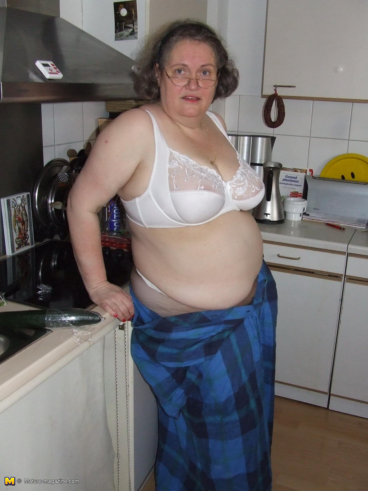 Amateur mature housewife bbw