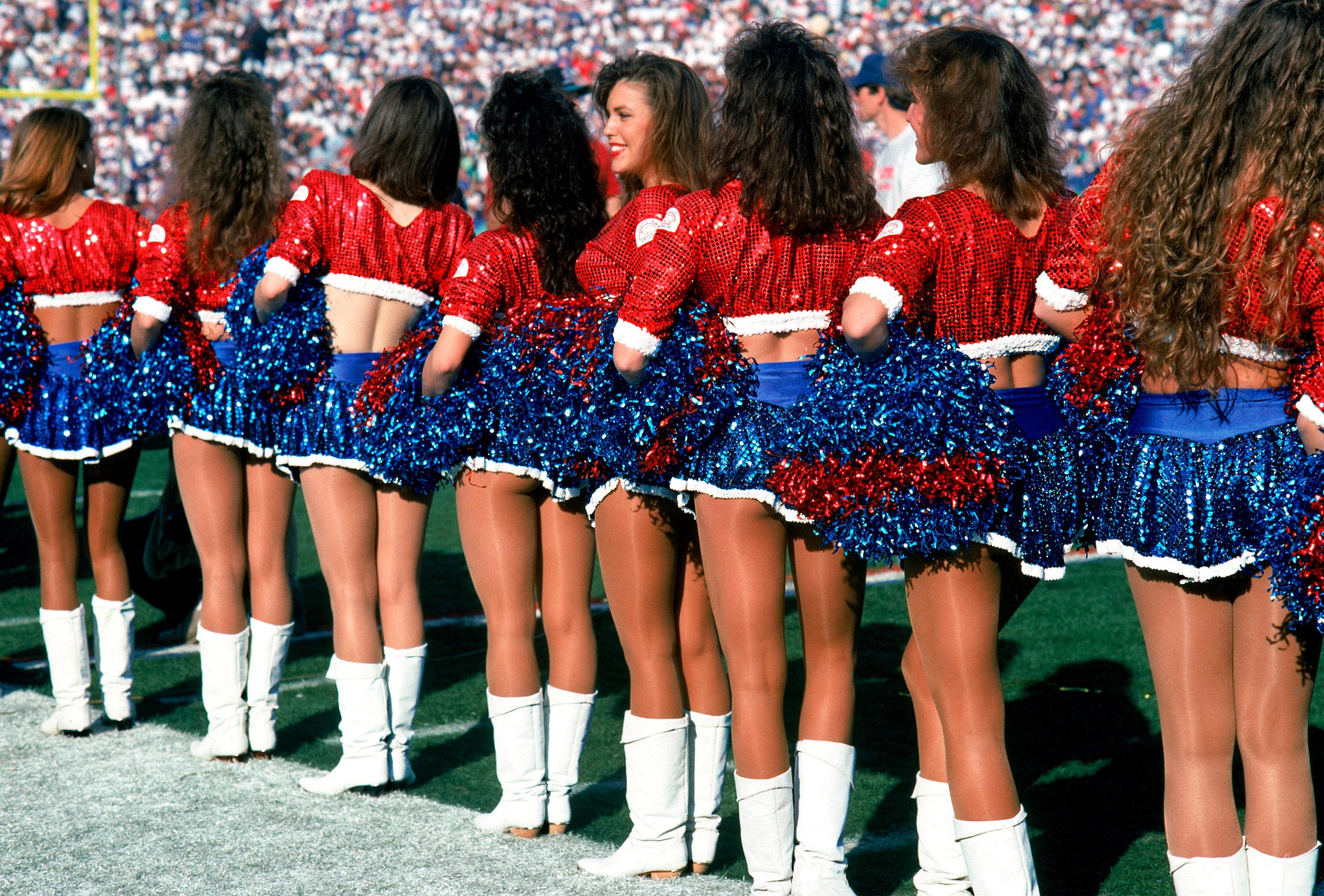 Cheerleaders first sex experience