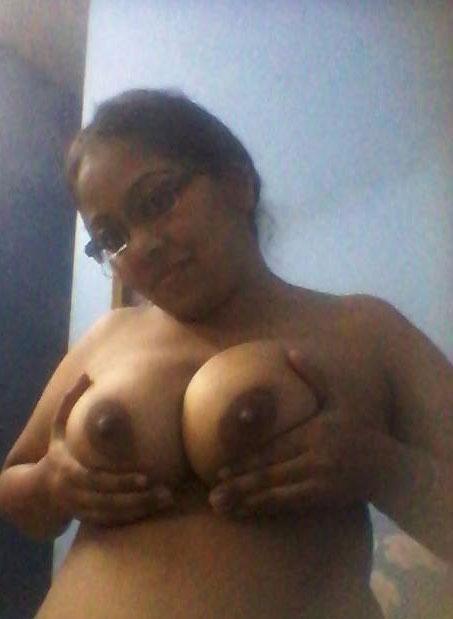 Indian desi aunty nude