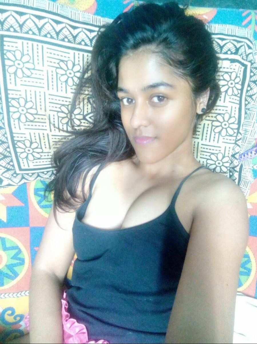 Teen indian girls nude selfie