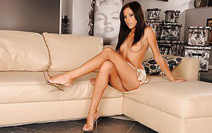 Black muscle women full naked