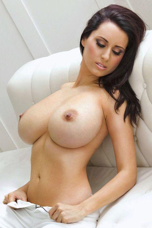 Hot big boobs nude girl