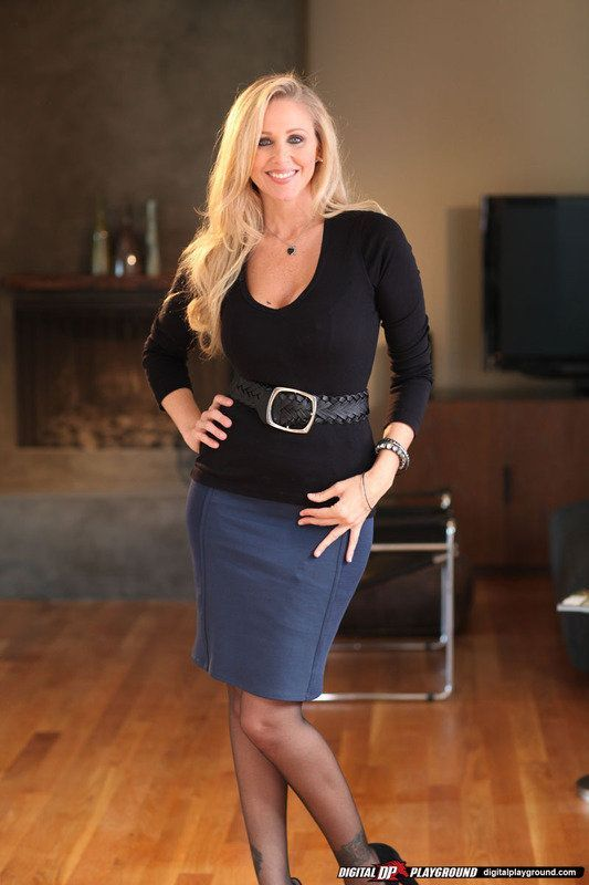 Julia ann black dress