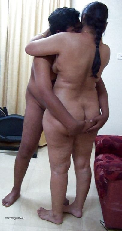 Big ass aunty nude photoshoot