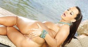 Hot italian girls lesbian