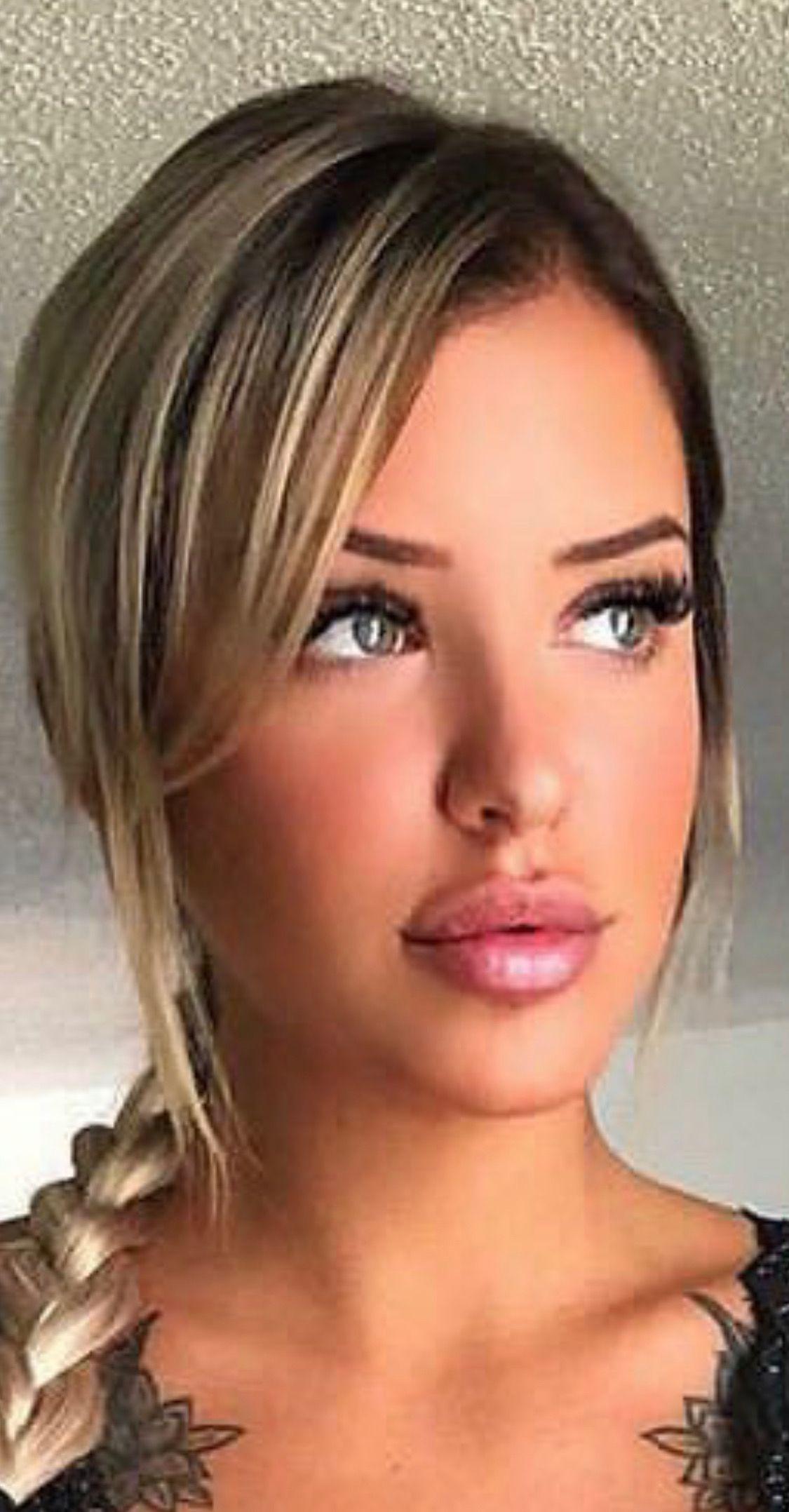 Young girl kissable lips