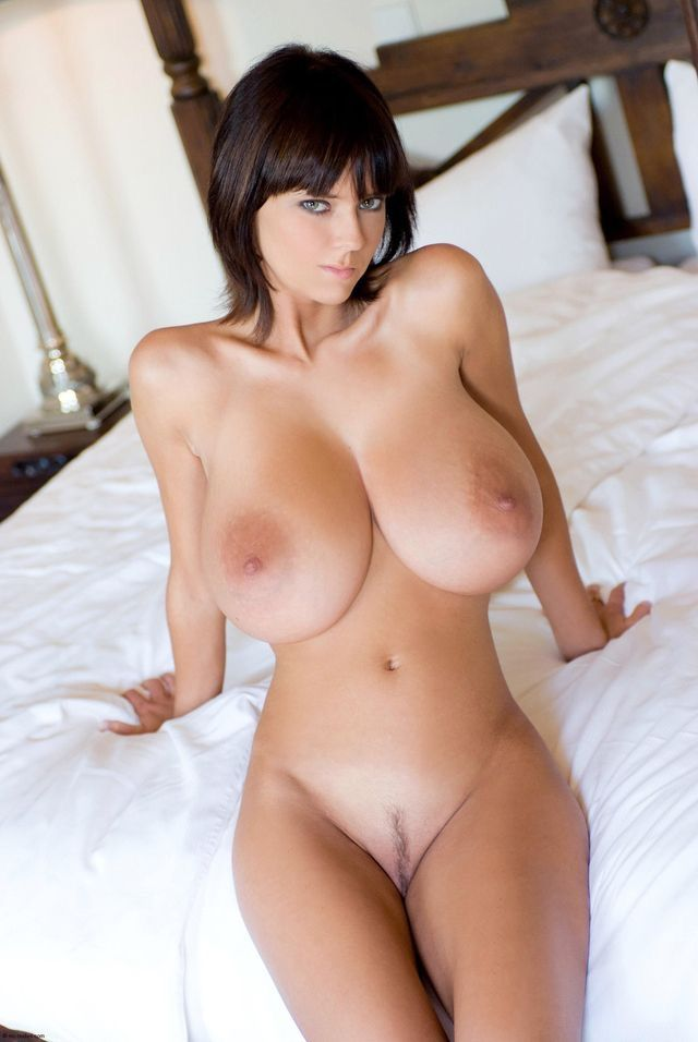 Beautiful women big boobs topless-