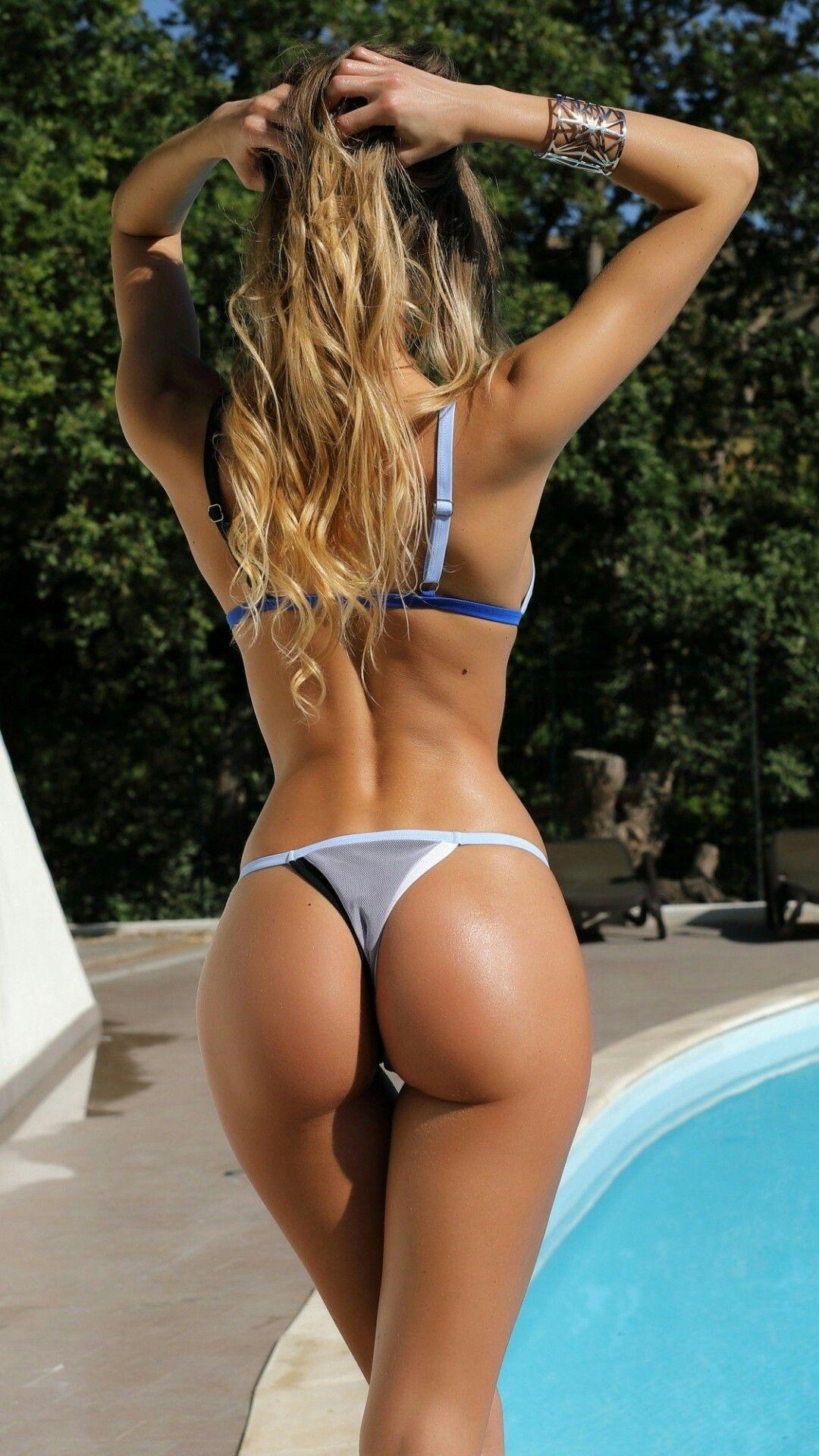 Beach bikini butt pool