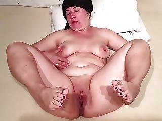 Turkish mature bbw watching porn