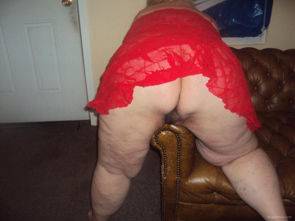 Bbw mature bending over
