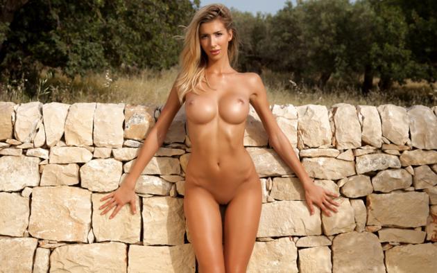 Beautiful women posing nude with big tits