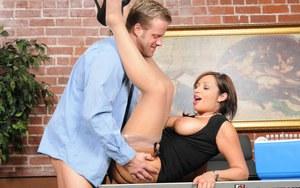 Babe milf in panties nude