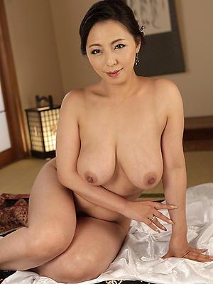 Hot nude mature vietnam picture