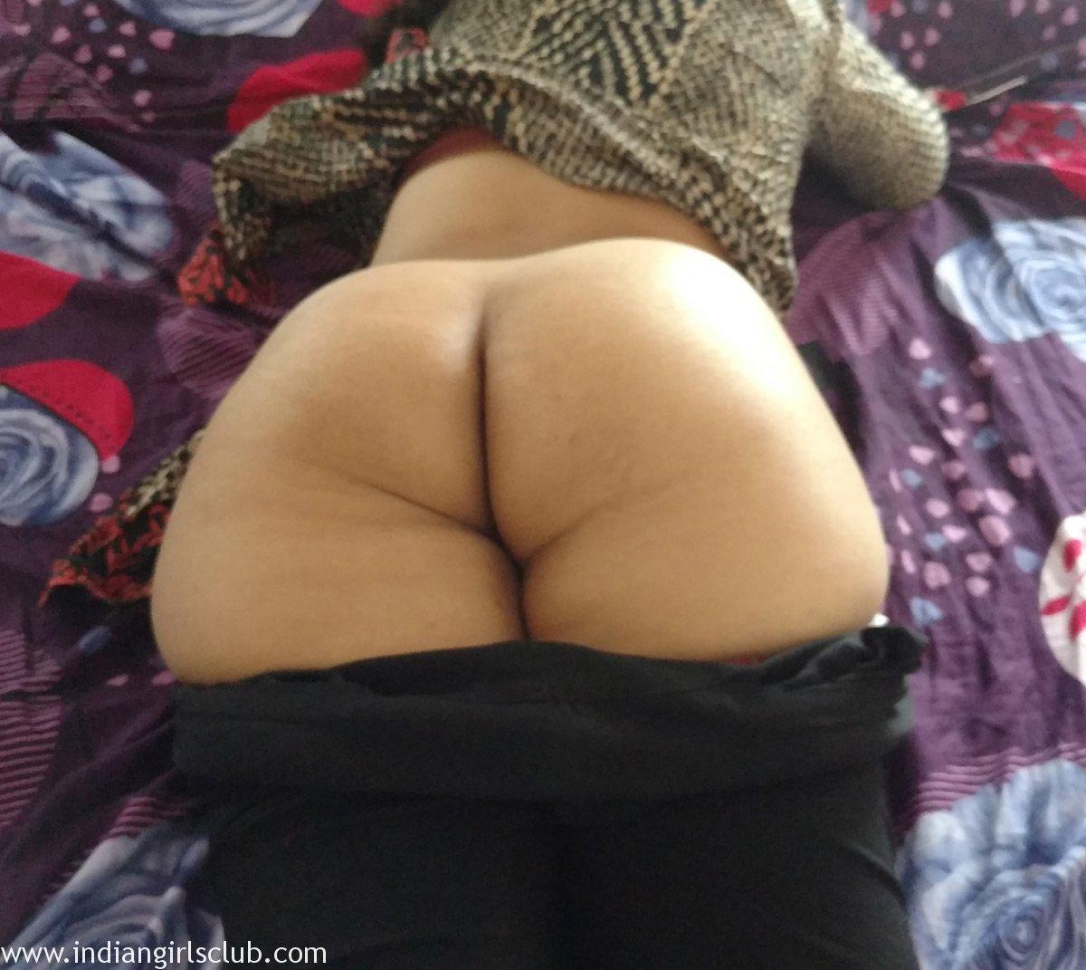 Big ass indian showing porn images