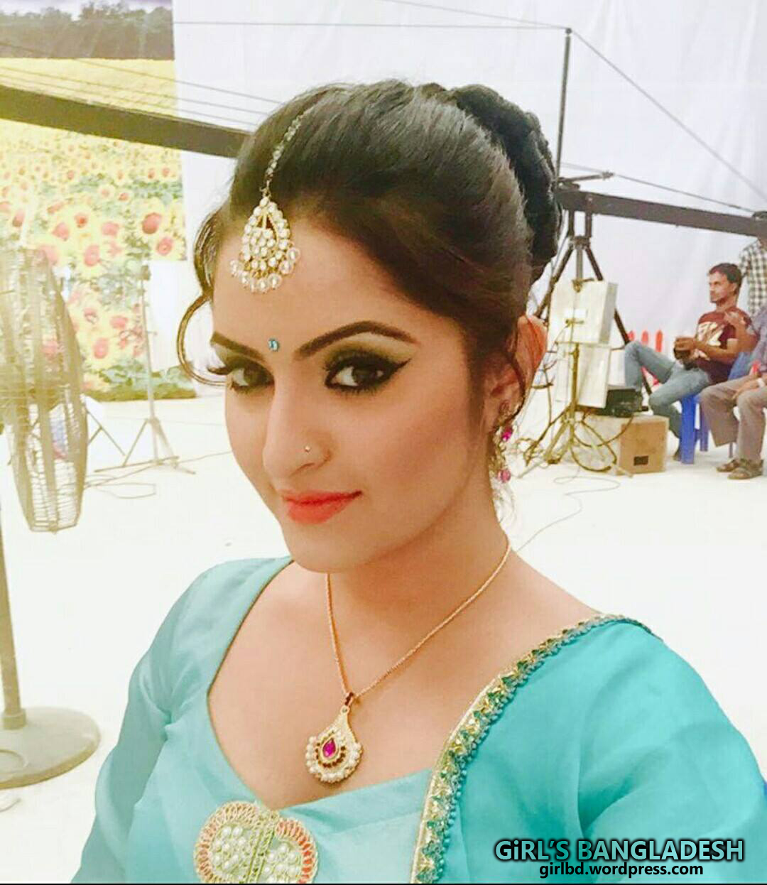 Bangladeshi actress porimoni sexy node photo