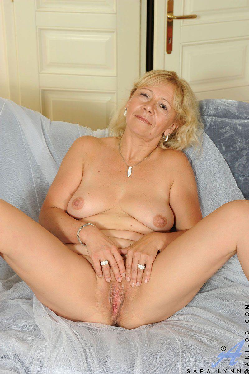 Anilos mature women nude