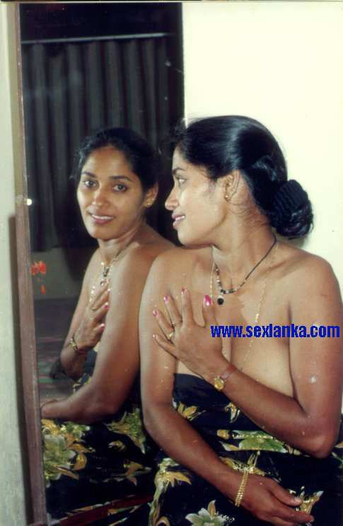 Sri lankan actress boobs. com
