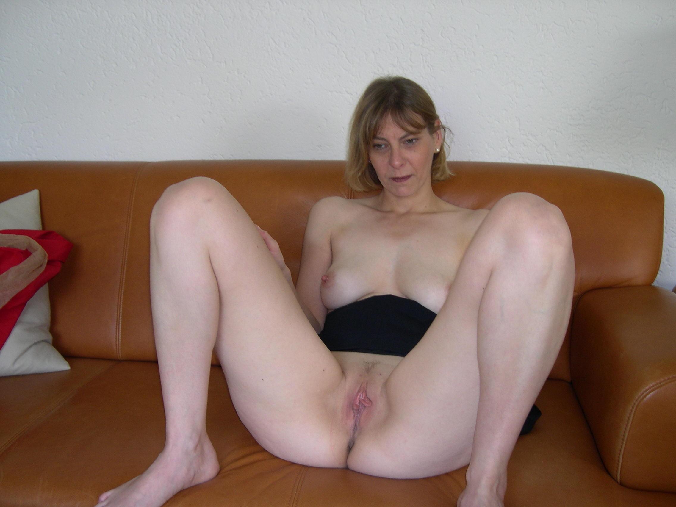 Hot wet mature pussy