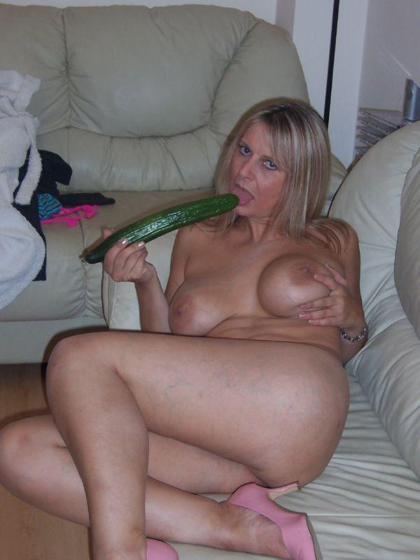Amateur nude mature milf
