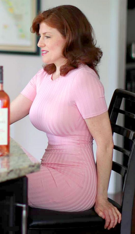 Sexy curvy mature women