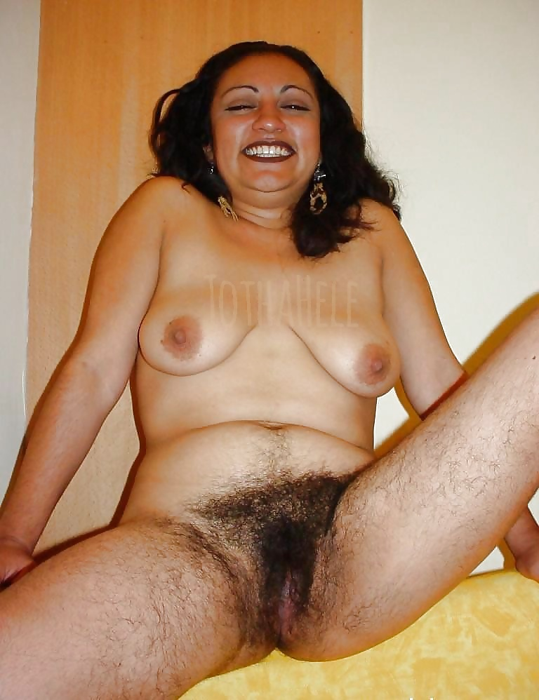 Hairy pussy very woman