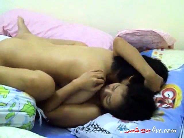 Real homemade asian lesbian