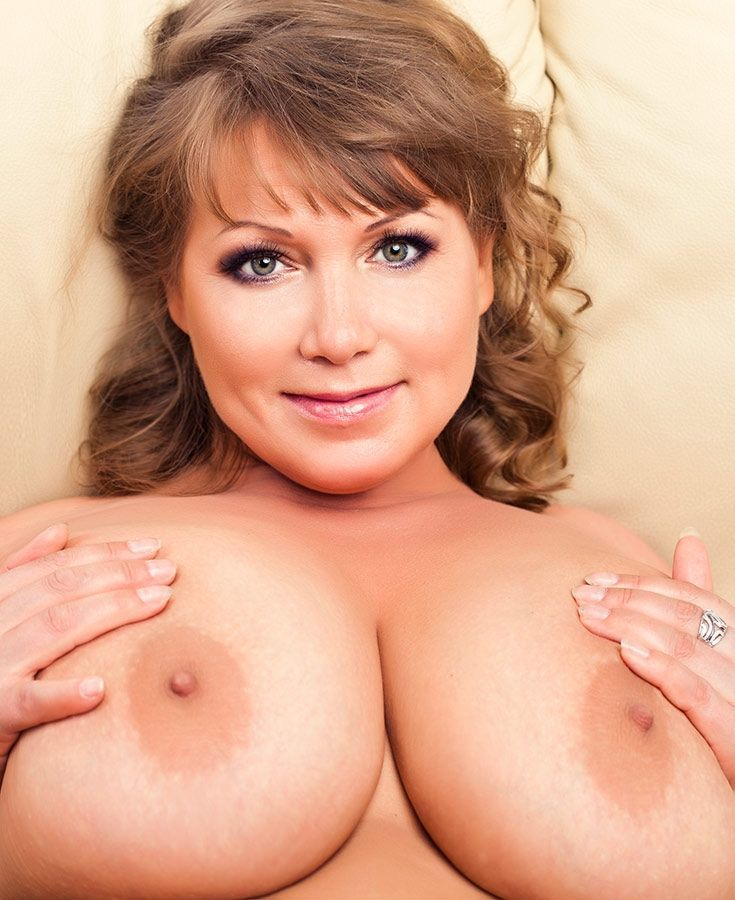 Kina kai lanas big boobs