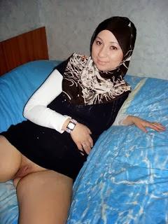 Indian muslim girl xxx nude photos