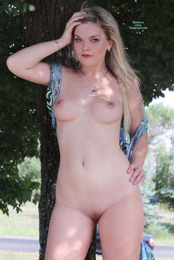 Teen naked pussy standing