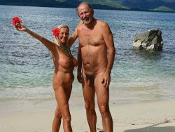 Mature nude couples on beach
