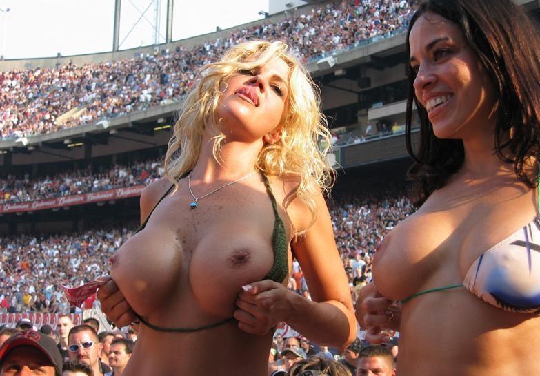 Big tits ball game