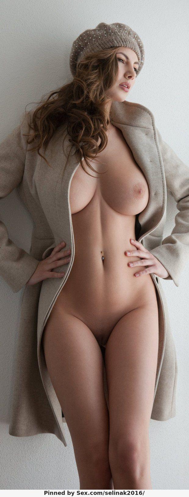 Most beautiful nude busty women