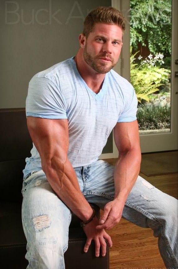 Hairy lerg muscle man xxx