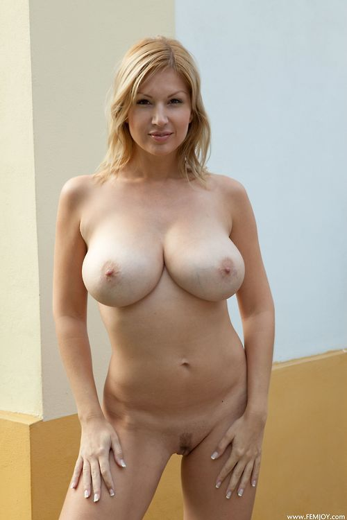 Milf perfect body naked