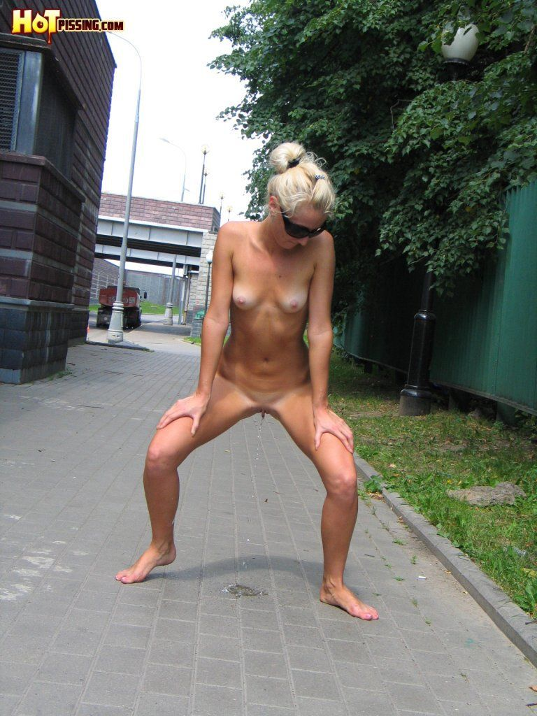 Naked women peeing in public photos