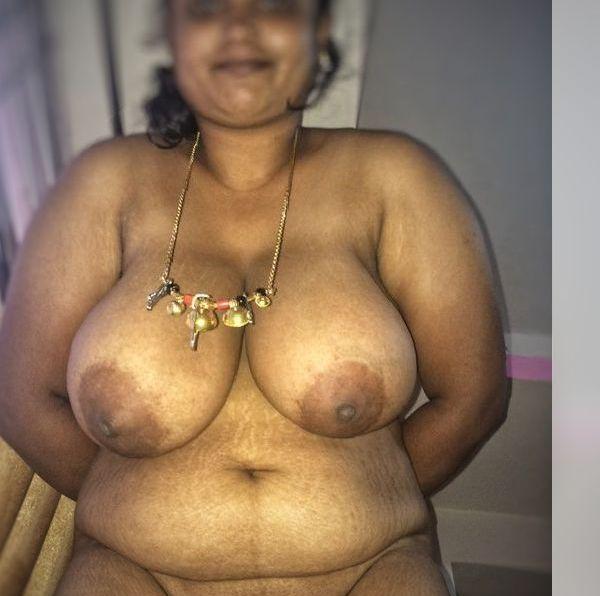 Village aunty nude hd image