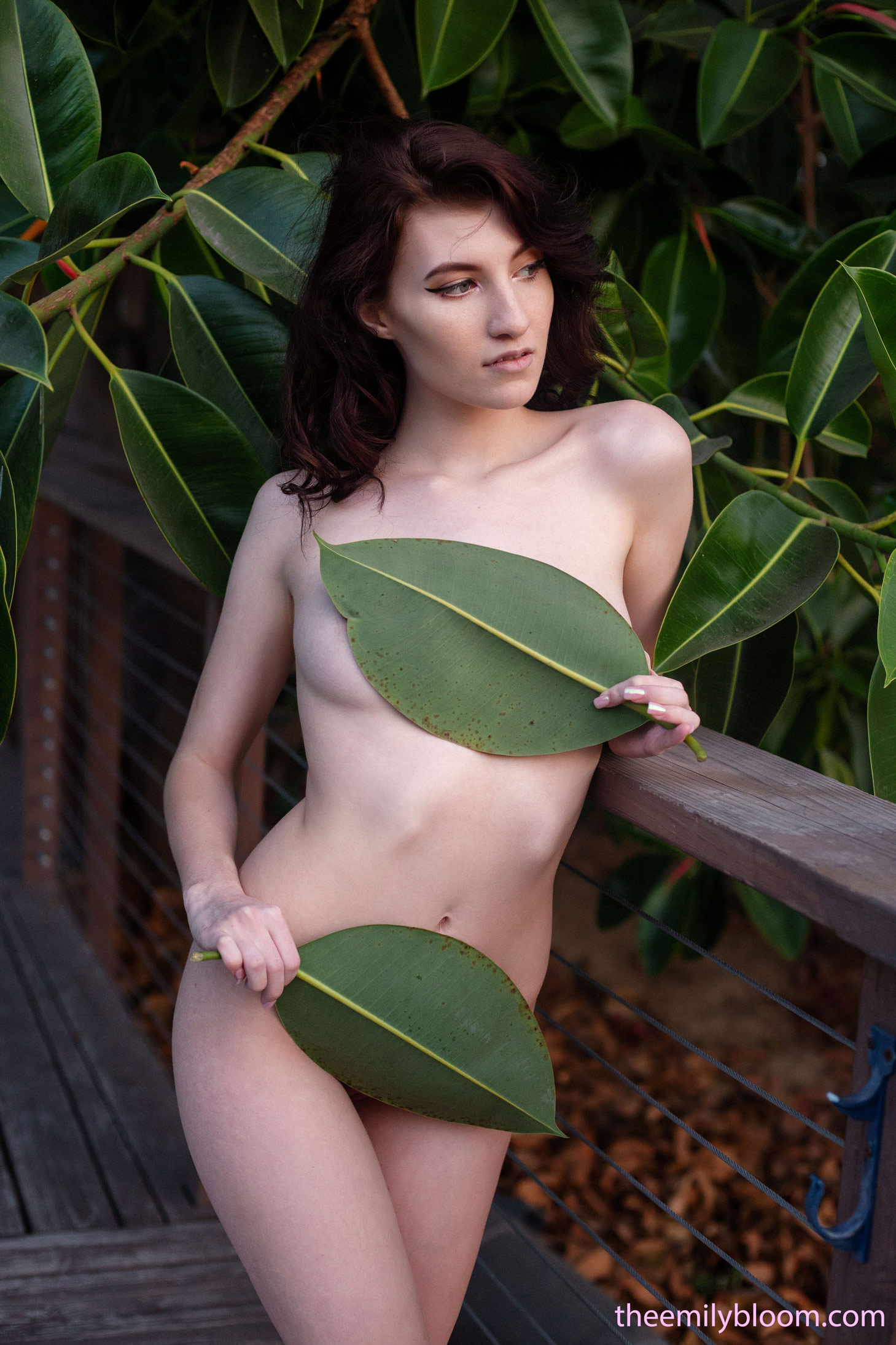 Nude girl with kitten