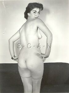 Mature nude women as art