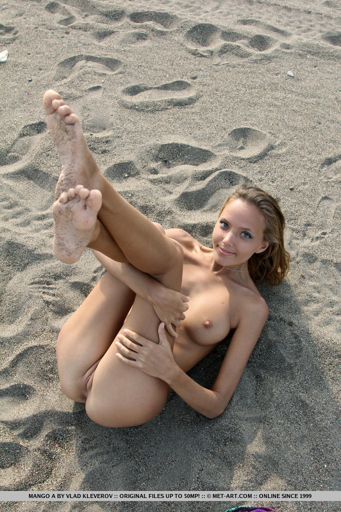 Nude girls surfing naked