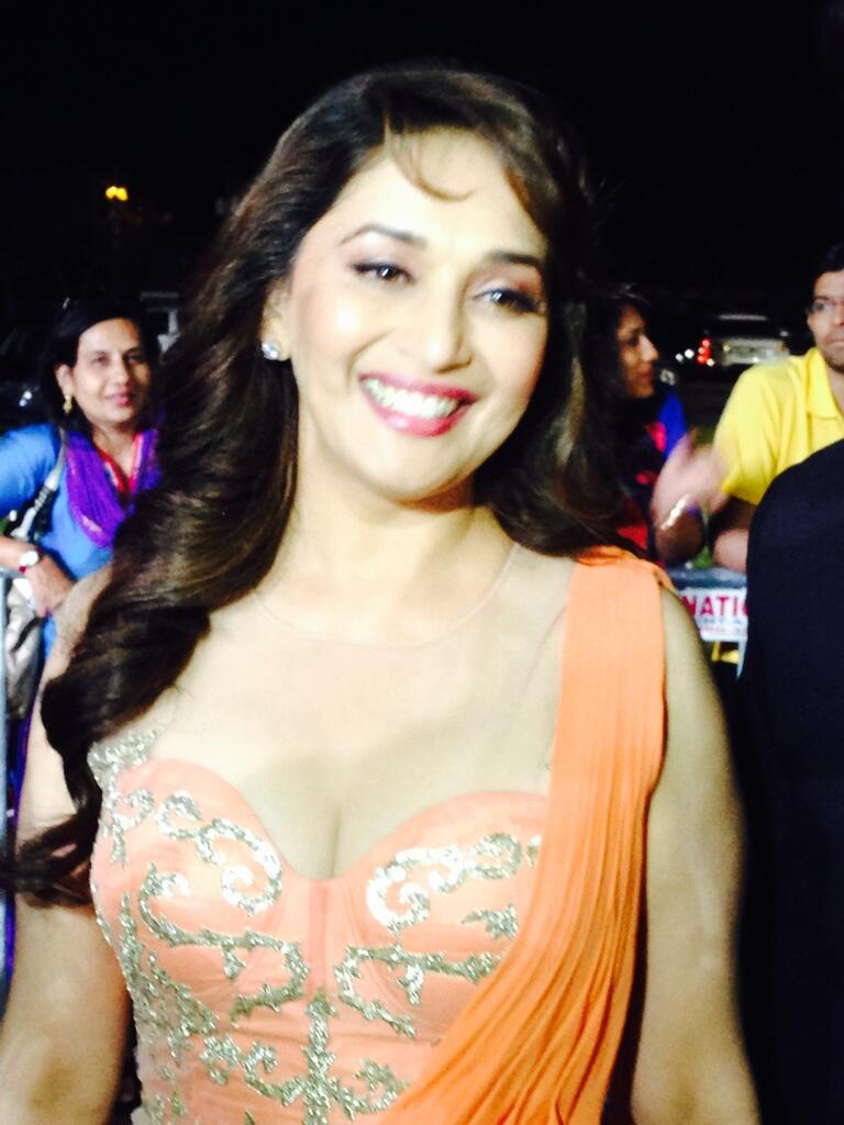 Madhuri dixit hot cleavage