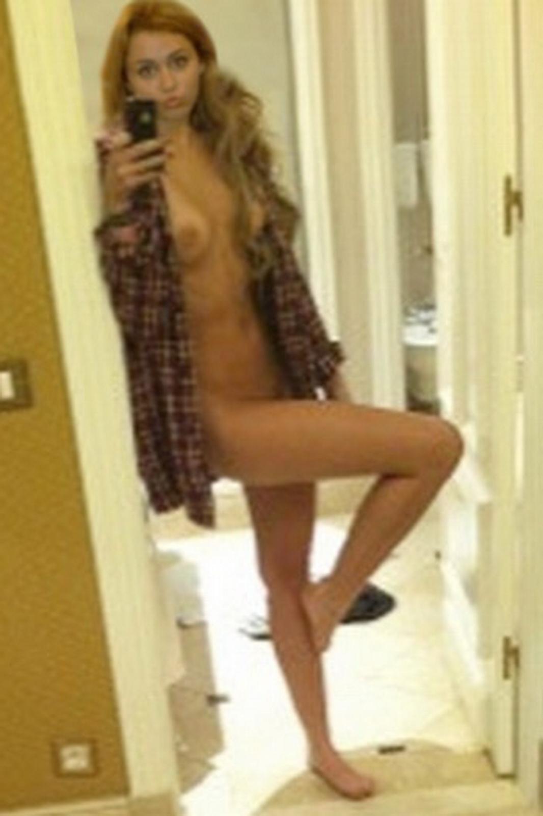 Free nude miley cyrus