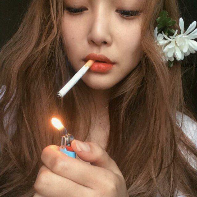 Cute korean girl smoking