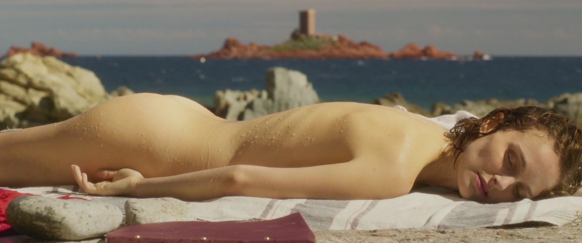 Natalie portman and hilary duff naked