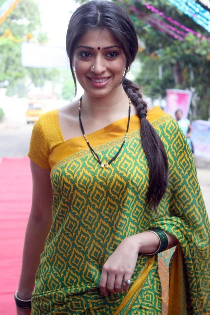Indian saree nude actress